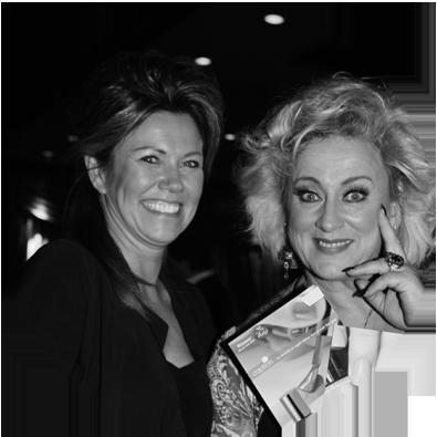 Karin Bloemen - Cabaretiere/Zangeres/Actrice